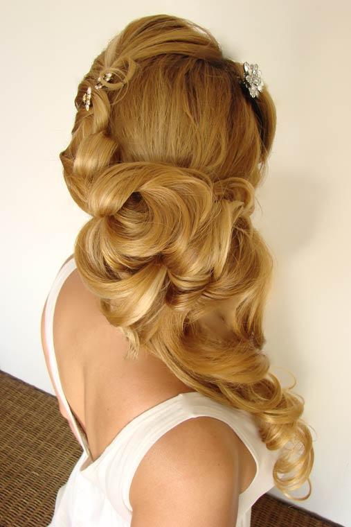 Bridal Hair Stylist : berman-hair-stylist-cabo-1